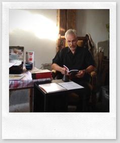 Gerd-Christian beim Vorlesen